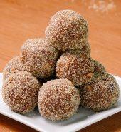 Tamarind Balls ( 4 balls )
